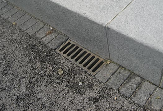 Lijngoten-asfalt-trottoir-Den-Bosch